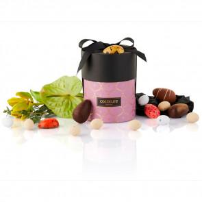275g mix af fyldte chokoladeæg, ass. marcipanæg og dragé æg i lilla Cocoture palæ gift selection