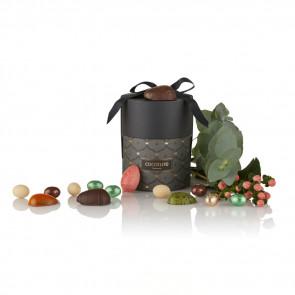 200g mix af fyldte chokoladeæg, dragéæg, multicolour pralinéæg og ass. marcipanæg i grå Cocoture Palæ gift selection