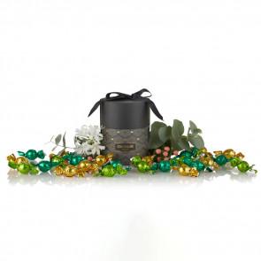 480g mix af grøn, lysegrøn og solgule chokolade- kugler i grå Cocoture Palæ Gift