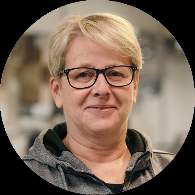Rie Weinreich, Produktionsleder